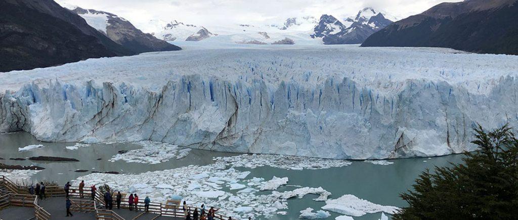 El Glaciar Perito Moreno dentro del Parque Nacional